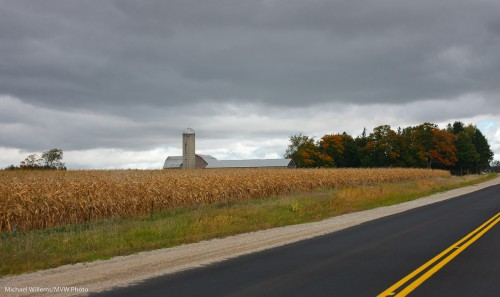 Fall is coming: Drumbo, Ontario, Sep 2010