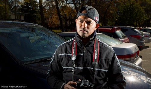 Edge-lit Photographer (Photo: Michael Willems)