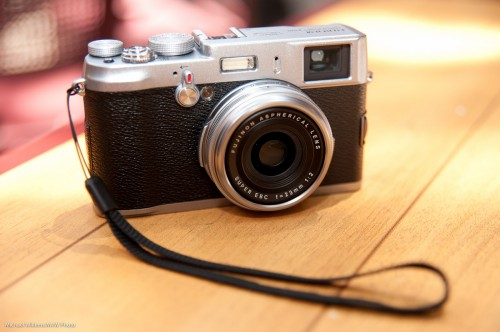 Fuji X100 (Photo: Michael Willems)