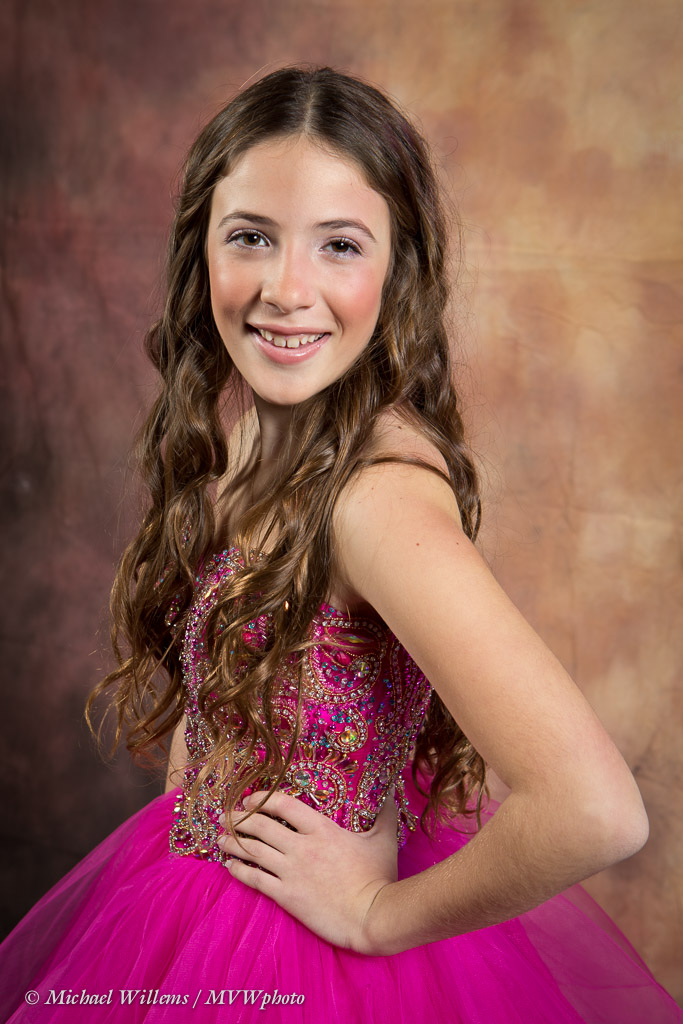 Bat Mitzvah Girl - Photo Michael Willems