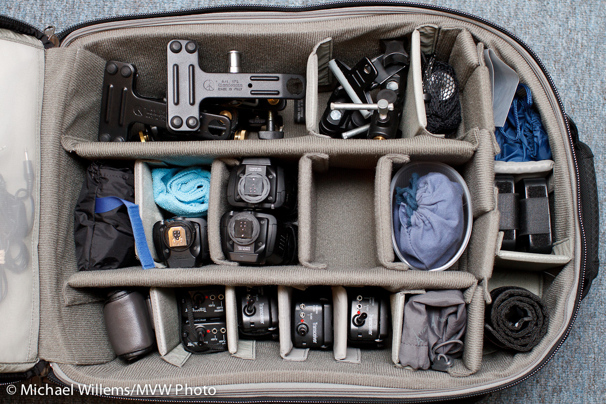 Airport-security-v2-roller-camera-bag